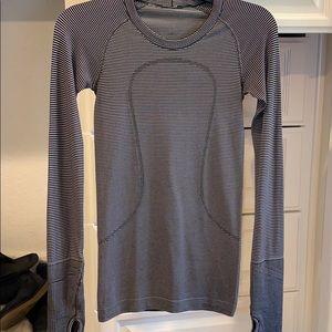 Lulumon-Long Sleeve Sport Top XS